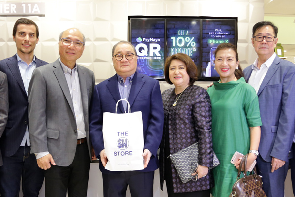 SM Store, PayMaya to transform retail industry with cashless payments