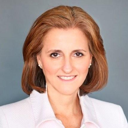 Lynne Biggar